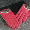 Fashion Women Crystal Genuine Leather Sheepskin Half Palm Short Gloves Size S - Red