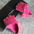 Women Genuine Leather Lambskin Runway Punk Rocker Biker Fingerless Half Short Gloves - Rose