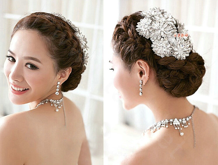 Bridal hair accessories are handmade and you can change the shape by changing the bead. Material:Pearl Crystal Alloy. 1pc Hair pin. Main Color: Silver.