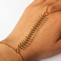 Retro Fashion Woman Fishbone Alloy Chain Gold Plated Punk Finger Bracelet Accessories