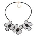 Simple Female Three Flowers Bib Necklace Sweater Chain Dress Decro Jewelry - White